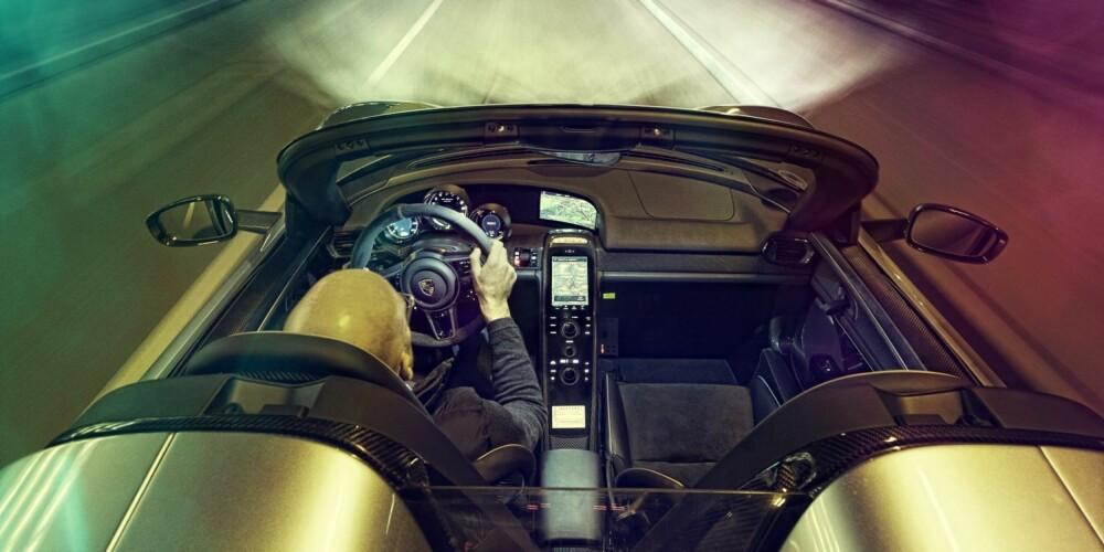 SOUNDMACHINE: Kjør inn i tunnel, nyt lydbilde.