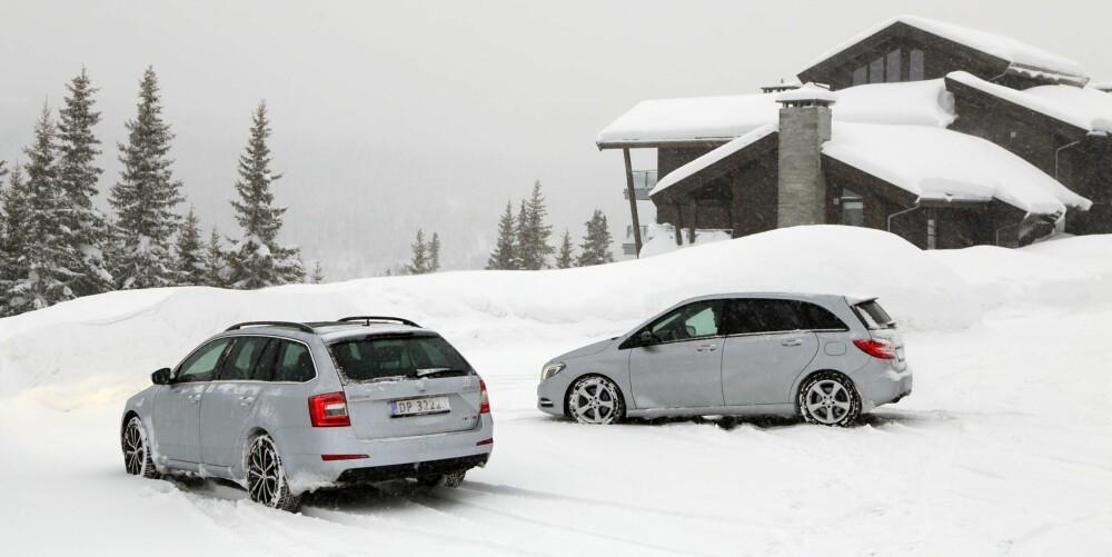 FLOTT PÅ FJELLET: Både Skoda Octavia og Mercedes-Benz B-klasse tar deg til topps med et smil om munnen. FOTO: Terje Bjørnsen