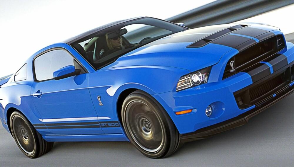 MASSIV: Shelby GT500 er skremmende sterk med sine 671 hk og 678 Nm. Foto: Ford