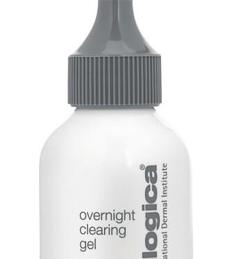 HUDORM: Dermalogica Overnight clearing gel er god å påføre før du går til sengs for å få urenhetene til å fordufte.