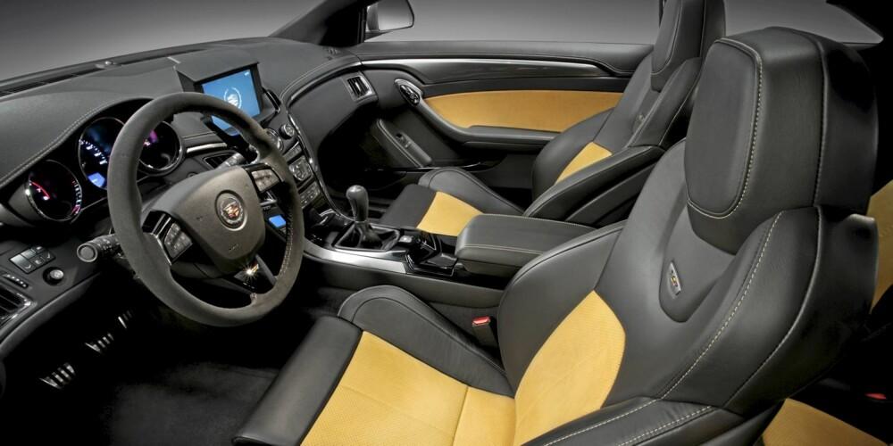 SITTE HER? Cadillac begynner produksjonen av CTS-V Coupe sommeren 2010 - og kaller det på amerikansk vis en 2011-modell.