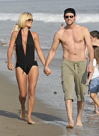 BADENYMFER: Hvem skulle tro at Jenny McCarthy har veid over 95 kilo?  Her sammen med kjæresten Jim Carrey.