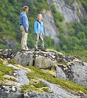 UTSIKT: Fra fjelltoppene på Helgelandskysten kan du se til Amerika. Nesten.
