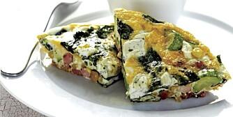 TORSDAG: Frittata med grønnsaker og myk ost.