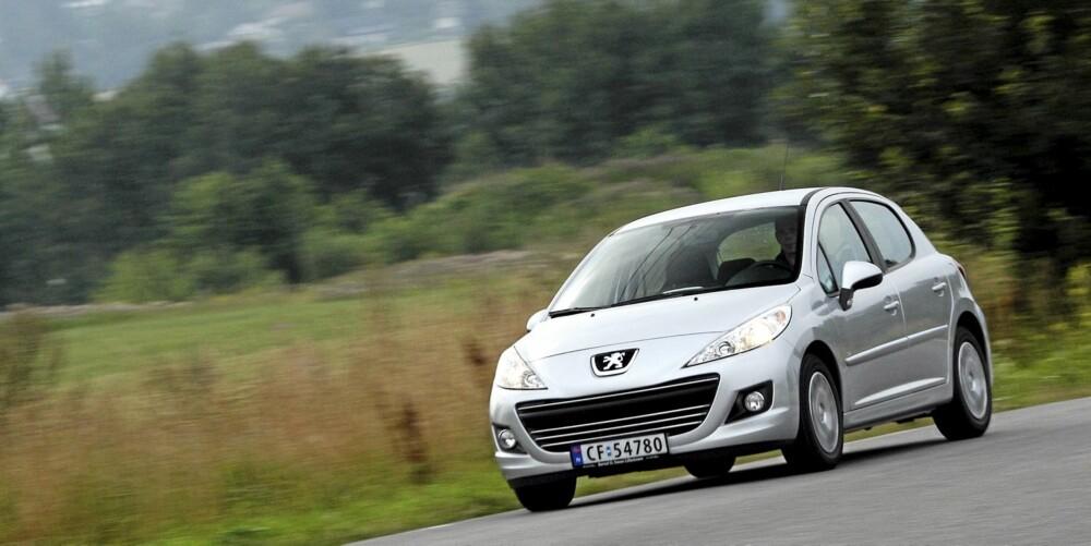 SIKKER BIL: Euro NCAP berømmet bilen for sikkerheten, og alt av sikkerhetsutstyr er standard.