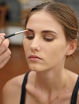 FYLDE: Du får fyldigere øynebryn ved å bruke brynspenn, brynspudder eller brynskrem.