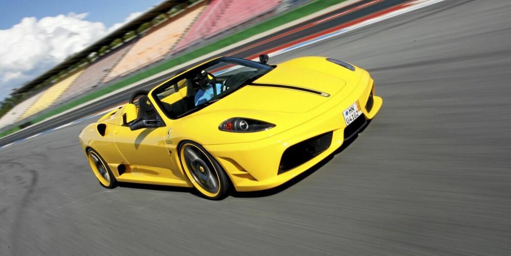 Med sine 696 hester og 682 Nm er Novitecs Scuderia 16M ikke bare ekstremt bra i svinger, men den går som et prosjektil når høyrefoten ber om det.