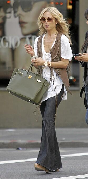BRUKER SLENGBUKSE: Kjendisstylist Rachel Zoe er en fast bruker av jeans med sleng.