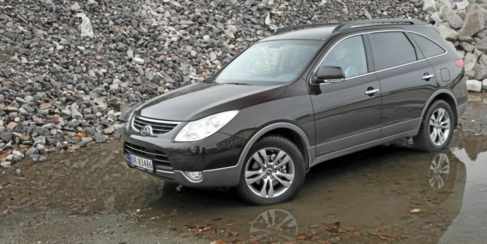 ANONYM: Hyundai iX55 er mer anonym enn andre biler i denne prisklassen. Det kan ha sine fordeler.