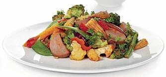 Pølsegryte med grønnsaker er en sunn, god og mettende middag.