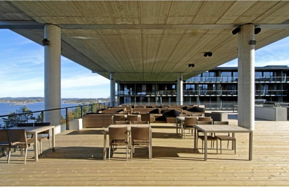 Taket over spa-avdelingen er uteareal for restaurant- og konferansedelen.