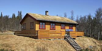 JAVNLIA: Hytte ikke langt unna Beitostølen beliggende cirka 915 moh. Primærrom 68 kvm. Byggeår 2007. Prisantydning 1.590.000.