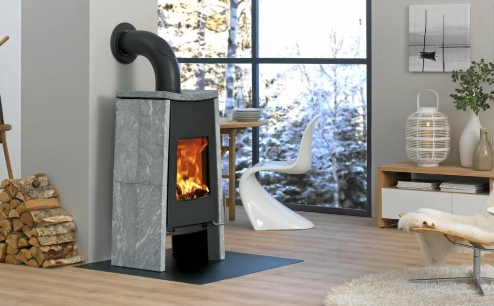 REN VARMEKILDE: Vedovner gir en akseptabel oppvarmingsøkonomi, og enda bedre blir den med kleberstensomraming som maganiserer varmen.