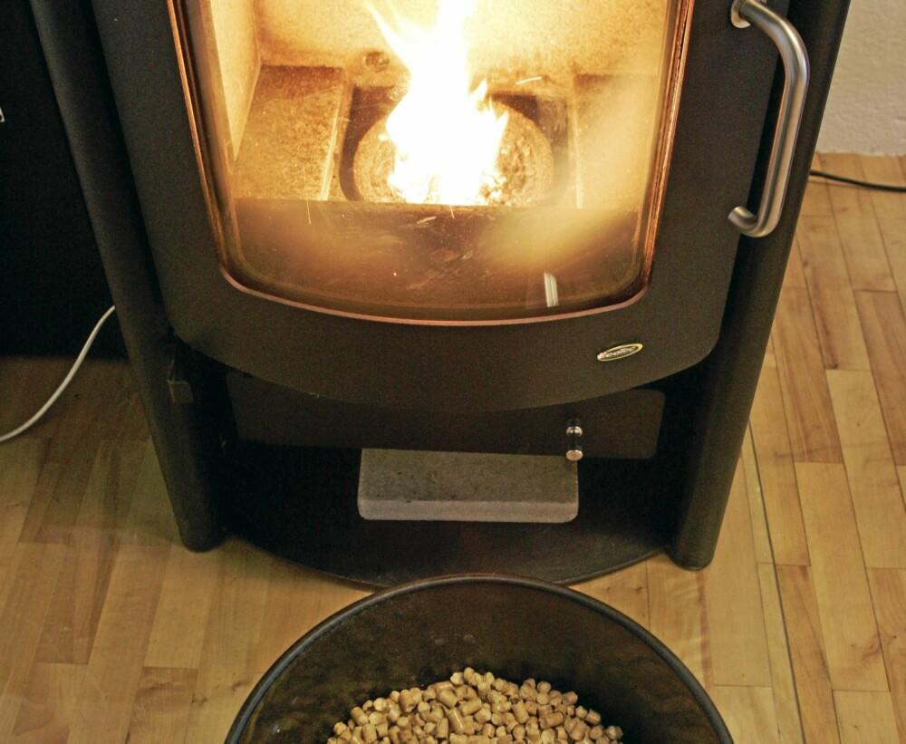 PELLETSOVN: Pelletsovnen har ikke helt tatt av som oppvarmingskilde. Det skyldes først og fremst at prisen på pellets er høy.