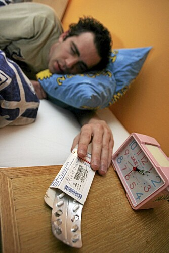 KAN VÆRE EN ÅRSAK: Fuktige rom gir oss søvnprøblemer, viser forskning. Det fikser man ikke med sovetabletter.