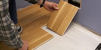 BRUK SLAGKLOSS: Pass på at den er utformet for å ta hensyn til fjær på parkettbord.