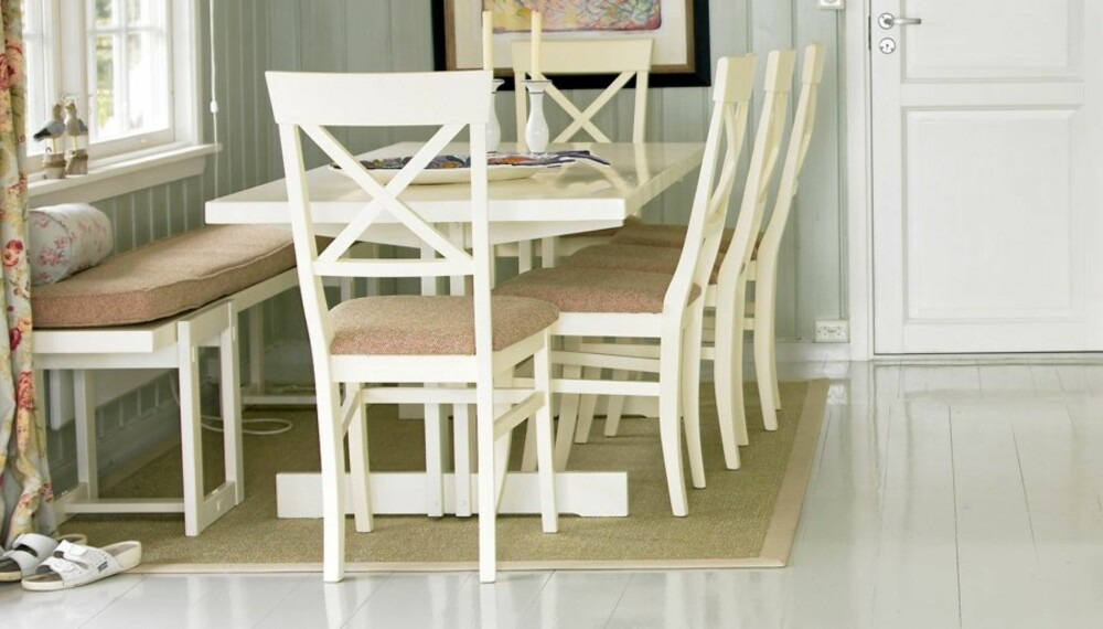 NYMALT: Et nymalt gulv er lyst og innbydende, og en enkelt måte å fornye tregulvet på.