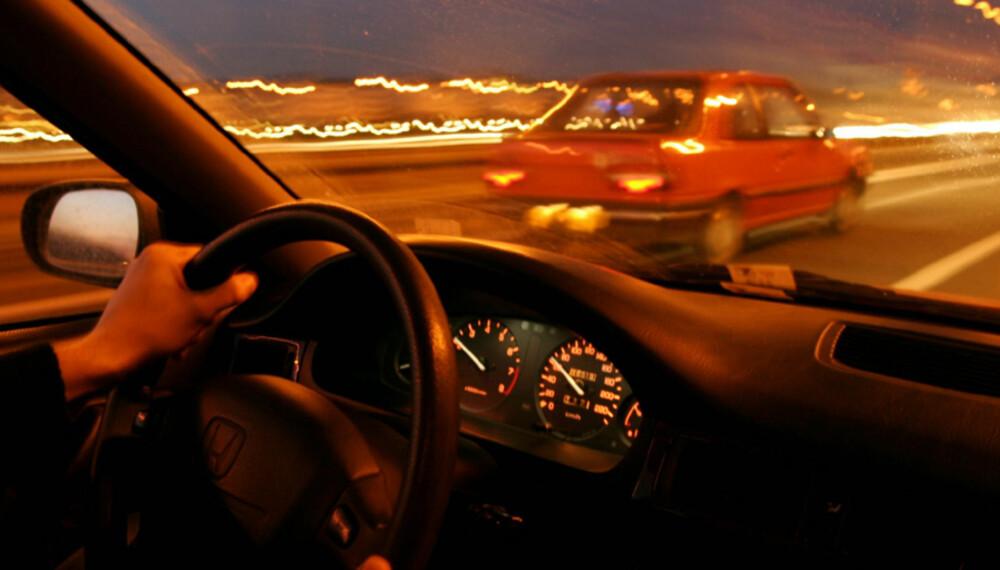 Pass på farten din! Øker du farten fra 90 til 110 km/t øker du også forbruket drastisk.