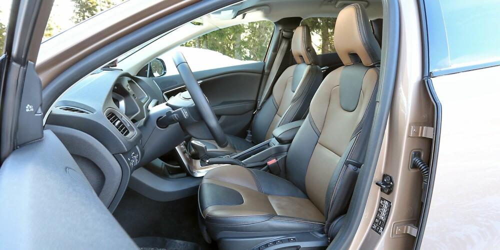 SITTEKOMFORT: Som vanlig tilbyr Volvo gode seter og en bra sitteposisjon.