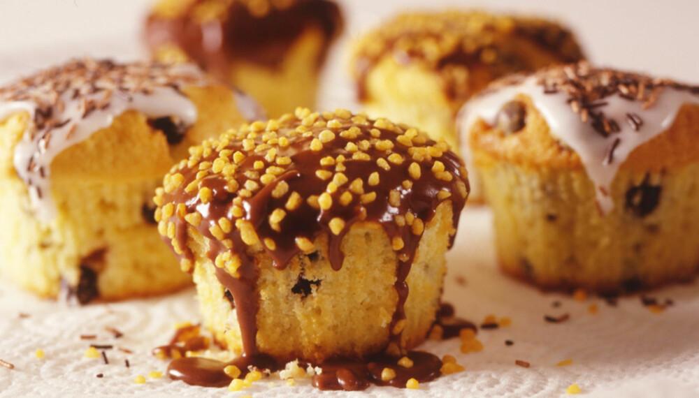 Muffins med sjokoladebiter.