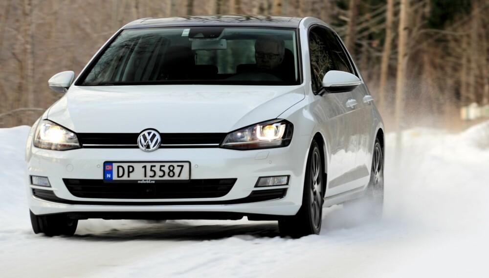 """GOD UNDERHOLDNING: Med den nye motoren på140 hk er VW Golf morsom å kjøre og koster bare 5000 kroner mer enn """"""""kjedeligversjonen"""""""" med 105 hk."""