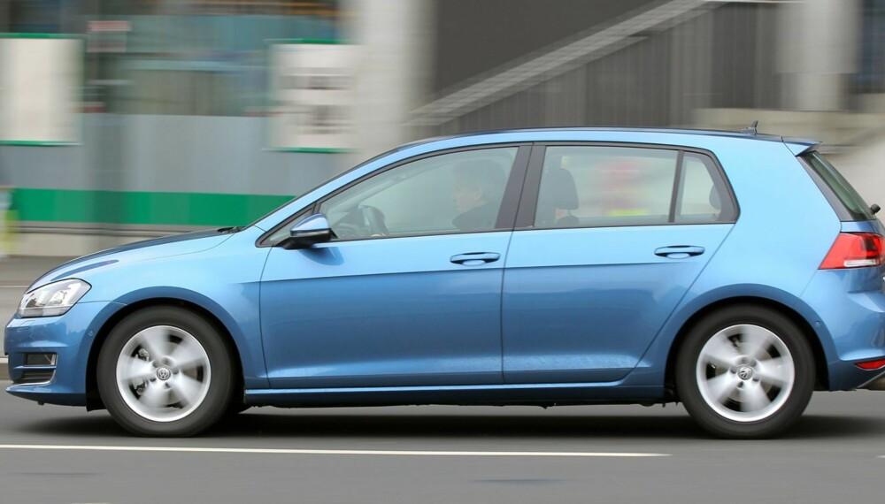HELT GOLF: Også i sin syvende versjon er VW Golf seg selv lik. Både når det gjelder utseende og egenskaper.
