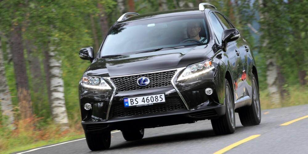 DAGENS VERSJON: Lexus RX 450h. FOTO: Egil Nordlien,