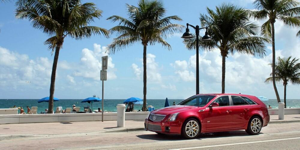 PASSER INN: CTS-V Viser seg å appellere til de fleste samfunnslag. Den passer like godt inn i superdyre strøk langs kysten av Florida, som her i Ft. Lauderdale, som i de mer bondske småbyene i innlandet.