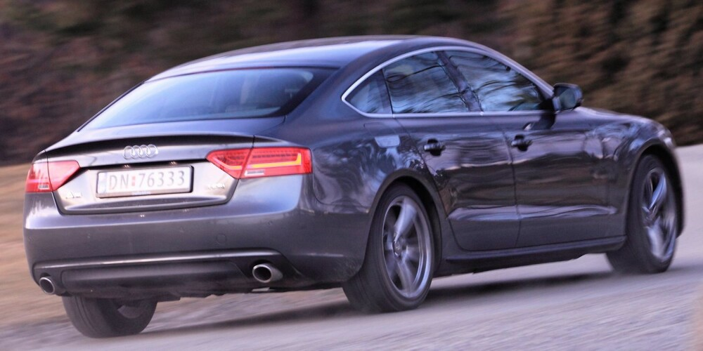 KOMFORT: Med Audi A5 Sportback tåler du å kjøre langt. Veldig langt. Foto: Egil Nordlien, HM Foto