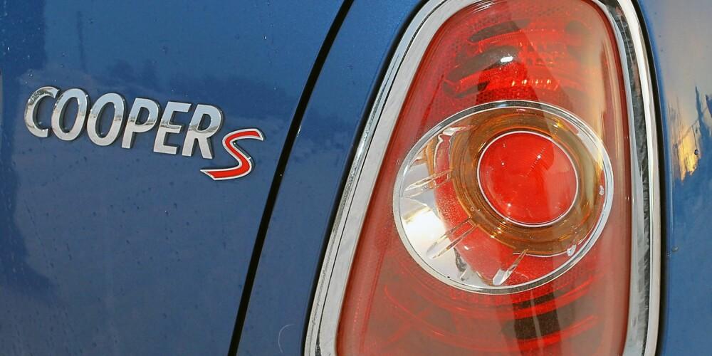 S FOR SUPERRASK: Bak Cooper S-merket skjuler det seg en råsprek og aldeles nydelig bensinturbo med 184 hk. Hold på hatten...