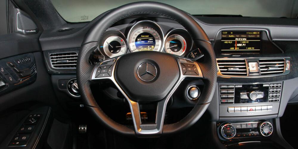 LEKKERT: På førerplassen føles det som om bilen koster en million. Bra, for det gjør den også.