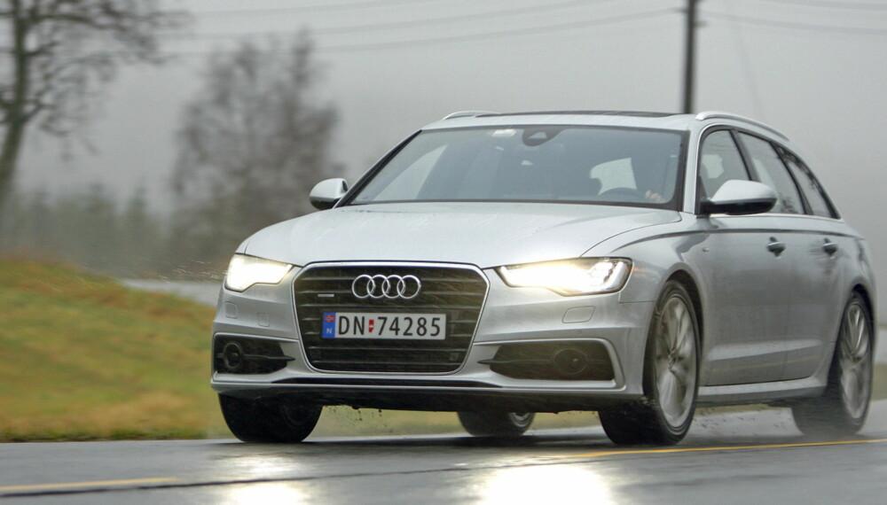 UANSETT VÆR: quattro-versjonen av Audi A6 Avant kjører trygt og underholdende selv om kjøreforholdene er vanskelige.
