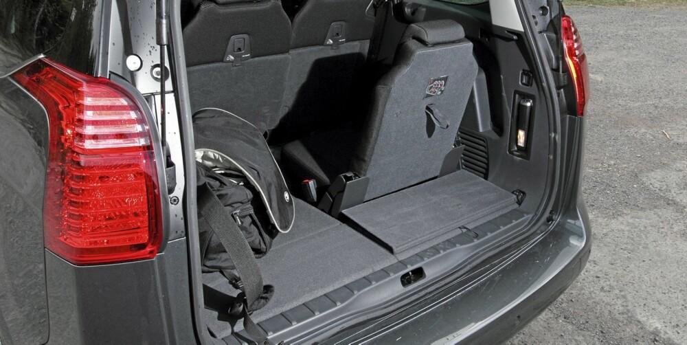 LITE ELLER STORT: Nesten ikke bagasjeplass som syv-seter, til rene varebilen som to-seter.