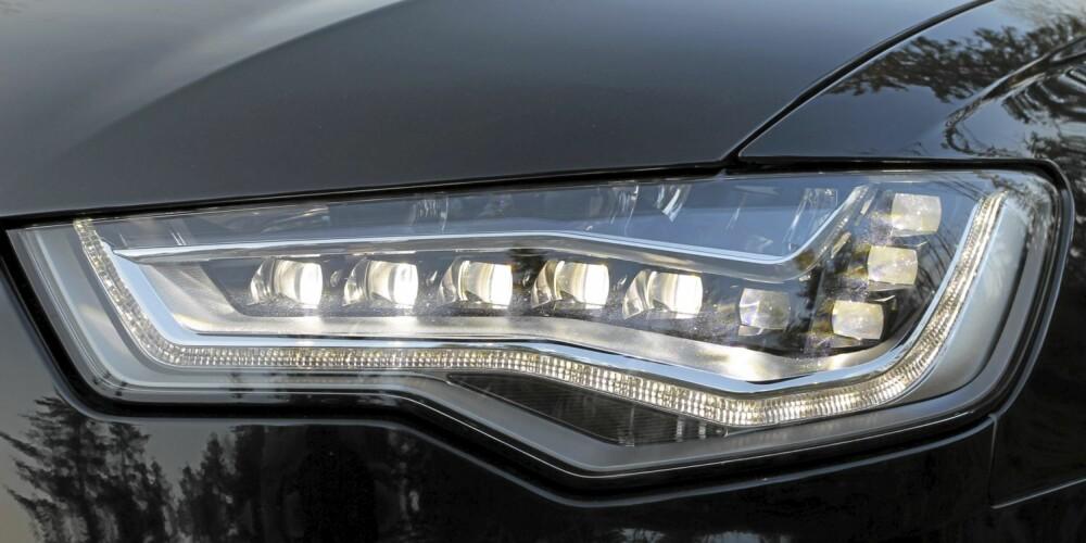 FULL LED: Det koster, men det fungerer både visuelt og teknisk med full LED-belysning.