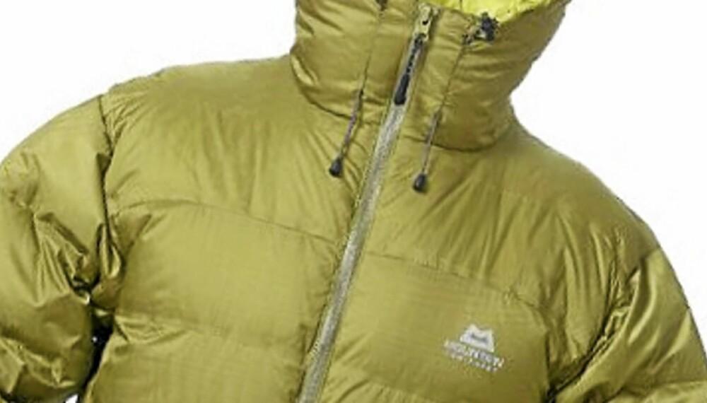 KALDE DAGER: Mountain Equipement Omega jacket er en jakke til daglig bruk på kalde dager.