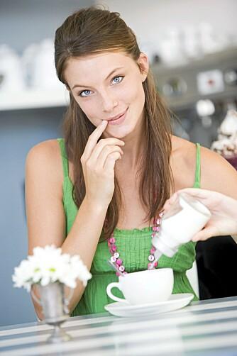 SØTSUG TIPS: Å kutte ut sukker i kaffen kan være en start.