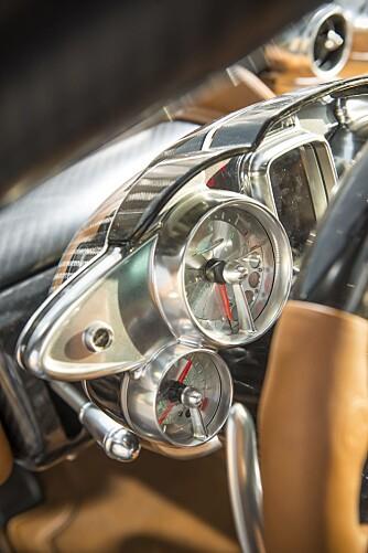 ONE-PIECE: Det meste på bilen er frest ut av en massiv blokk metall. FOTO: James Lipman