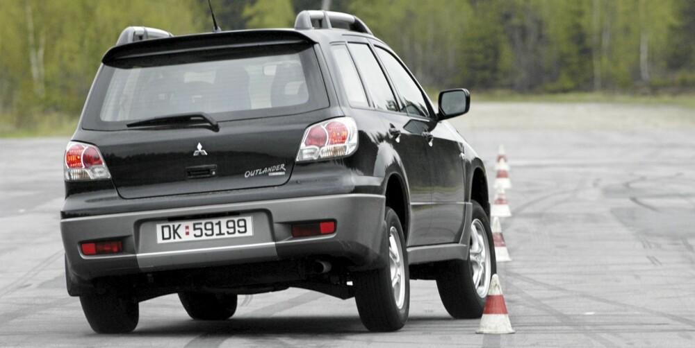 GØYAL: En brukt Mitsubishi Outlander er relativt fin å kjøre, men ikke alle modellene er utstyrt med ESP.