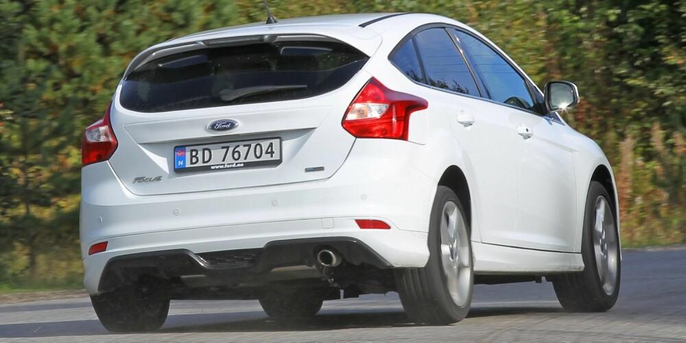 VINEREN: Konkurransen om best mulig bil for pengene vinner den ujålete Ford Focus nok en gang. En folkelig kjøresjarmør som uten vanskelighet blander seg med fiffen.