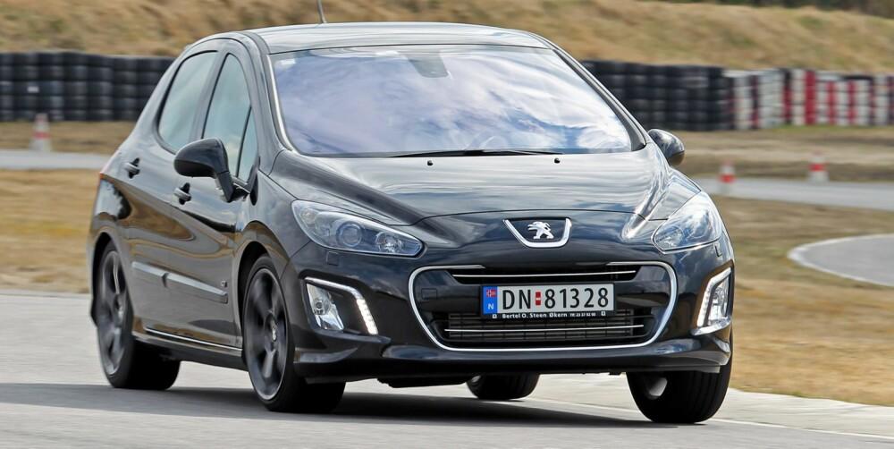 ULV I FÅREKLÆR: Peugeot har de beste ytelsene i denne testen. Foto: Petter Handeland