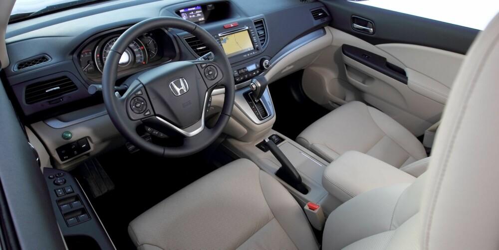 PLUSS FOR HONDA: Komfort, harmonisk kjørefølelse og størst bagasjerom.
