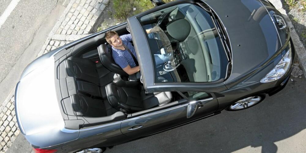GODT UTSTYRT: Vår bil hadde det meste av snadder fra ekstrautstyrslista, og blir derfor en nokså kostbar affære.