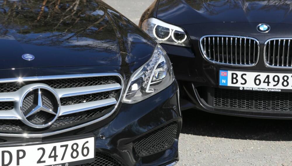 TUNG PRESTISJE: I norsk målestokk er dette familiebilenes mest prestisjetunge duell: Mercedes E 250 CDI 4Matic T mot BMW 525d xDrive. FOTO: Terje Bjørnsen