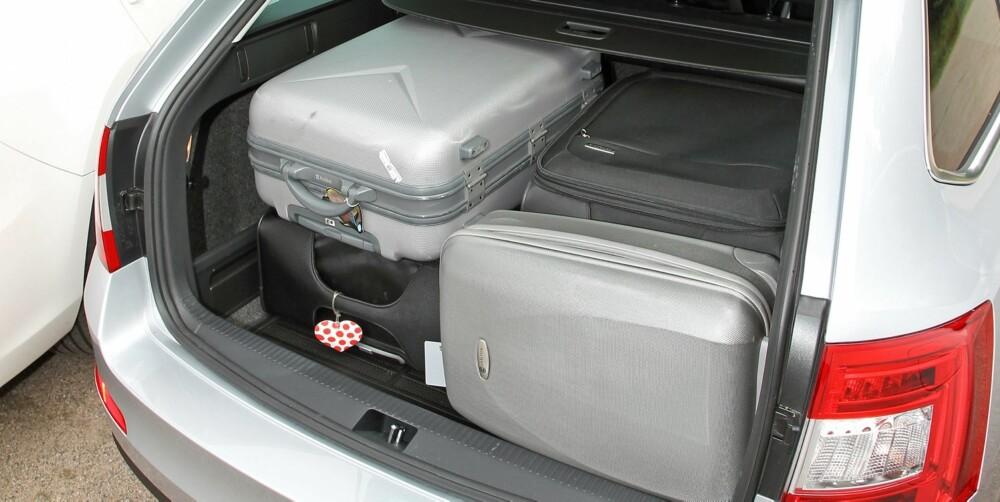 GOD TUR: Det er plass til veldig mye bagasje i Octavia. Trenger du mer plass bør du antakelig vurdere livsstilen. FOTO: Petter Handeland