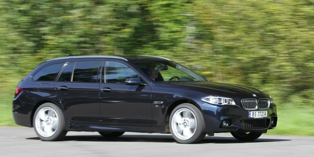 STORT: Langt panser er et BMW-kjennetegn. Testbilens 19-tommershjul ser bra ut, men har komfortulemper. FOTO: Petter Handeland