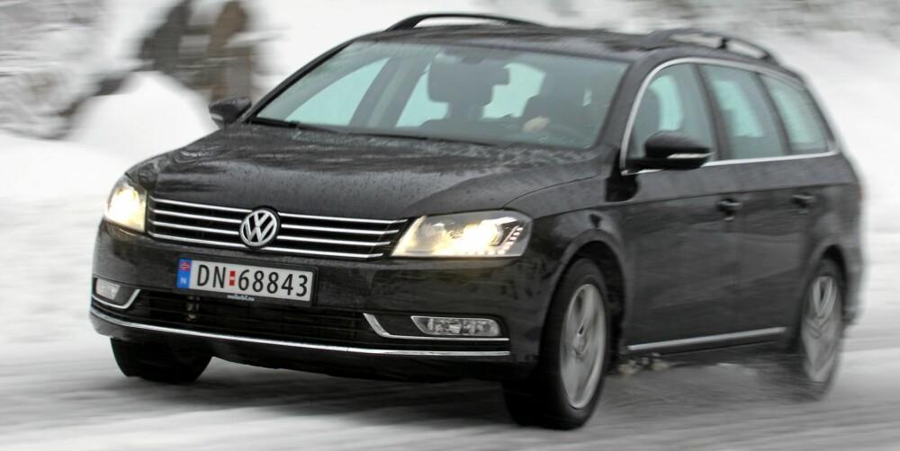 KONSERVATIV: VW Passat 1,6 TDI BMT Business: VW Passat har den minste motoren, men gir mye bil for pengene i testet versjon.