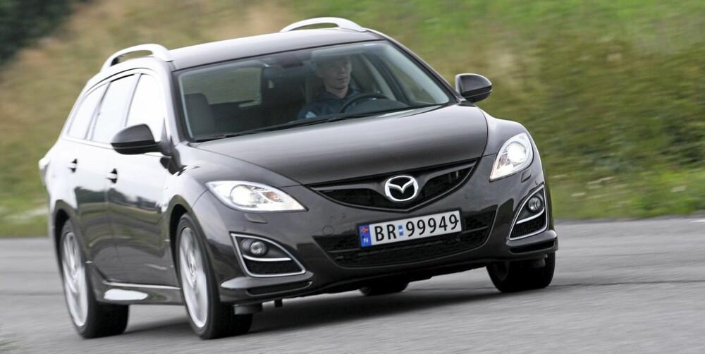 ANSIKTSLØFTNING: Ny grill og nye lykter viser at dette er siste versjon av Mazda 6.