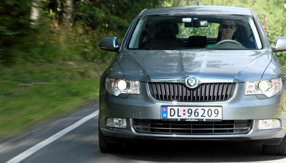 SKODA SUPERB: Skodas største bil er blant de mest fornuftige bilkjøpene du kan gjøre.