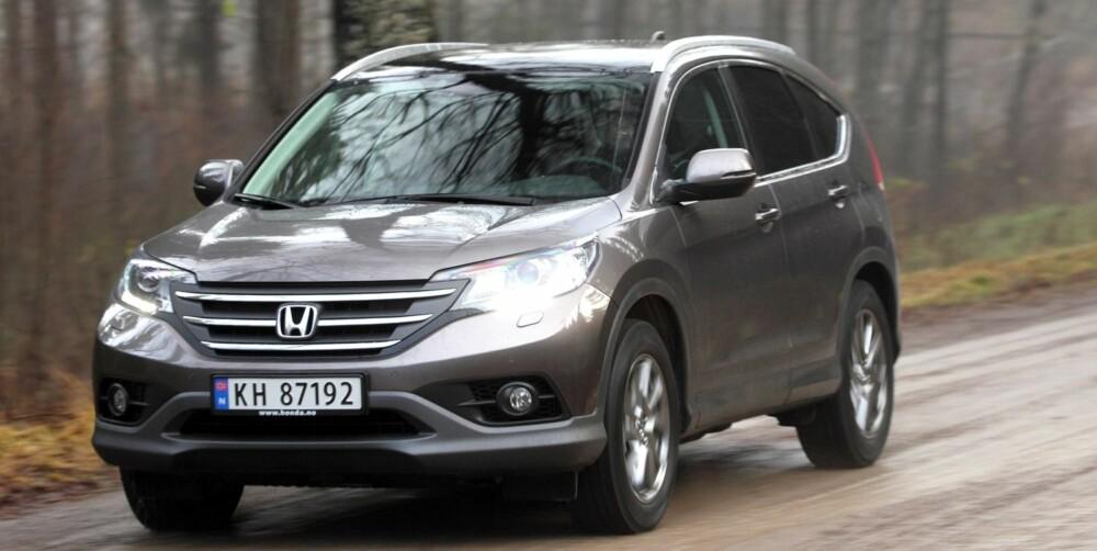 TESTET: Honda CR-V 2,2 i-DTEC: Vi har tidligere testet Honda CR-V 2,2 i-DTEC med manuelt gir. FOTO: Egil Nordlien, HM Foto