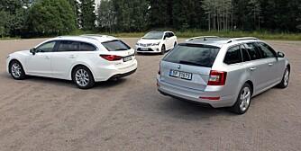 KLASSEKAMP: 3 x stasjonsvogner mellomklasse. Skoda Octavia, Toyota Avensis og Mazda 6. FOTO: Petter Handeland